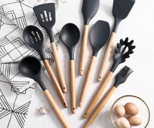-Silicone-Spoon-9PcsSet-Spatula-Brush-Ladle-Turner-Brush-Wooden-Handle-Cookware-Kitchen-Baking-Tools-Cooking-Utensil-Gadgets